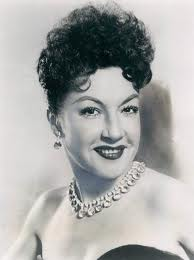 Ethel Merman never needed a wireless microphone.