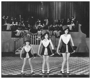 Judy Garland, left, in Chicago, playing vaudeville.